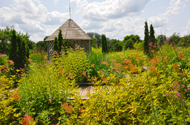 Children's Garden at Reiman Gardens in the summer