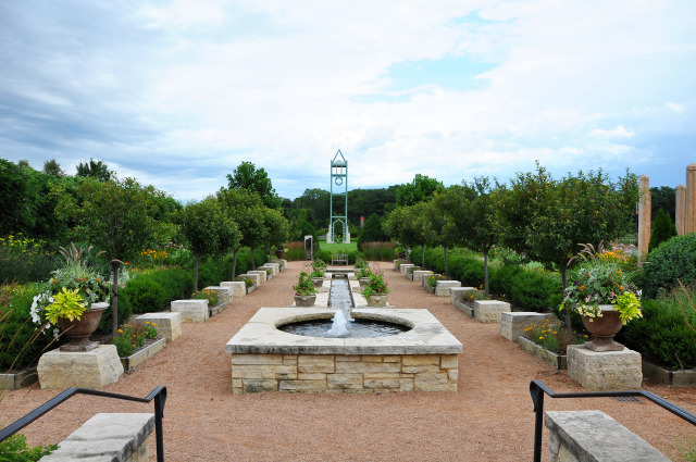 Jones Rose Garden at Reiman Gardens in the summer