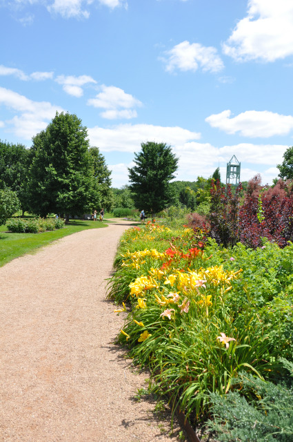 North Mixed Border at Reiman Gardens in the summer