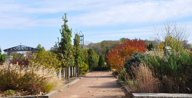 South Mixed Border at Reiman Gardens in the fall